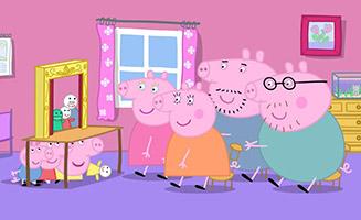 Peppa Pig S01E41 Chloés Puppet Show